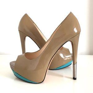 🎉3 Host Pick🎉nude high heels